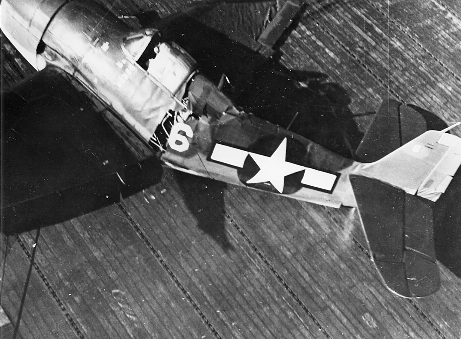 Grumman F6F 3 Hellcat VF 16 White 6 landing mishap CV 16 USS Lexington 1944 01