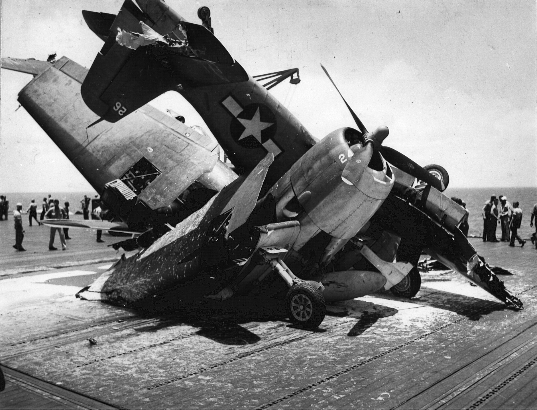 Grumman F6F 3 Hellcat VF 19 White 26 crashed into elevator and damaged 24 CV 16 USS Lexington 01