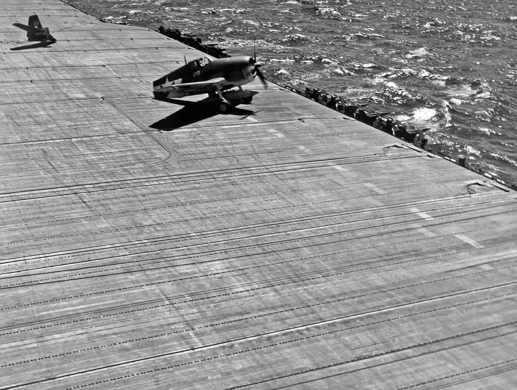 Grumman F6F 3 Hellcat VF 2 White 29 landing mishap tail broke off CV 12 USS Hornet Jun 1944 01