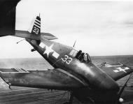 Asisbiz Grumman F6F 5 Hellcat VF 29 White 33 landing mishap CVL 28 USS Cabot 1944 01