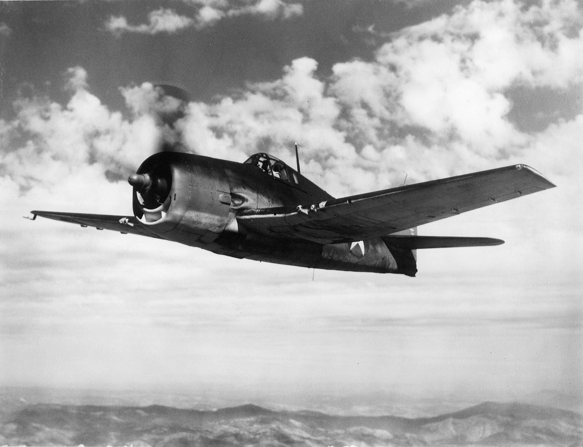 Grumman F6F 3 Hellcat VF 3 Whie E1 flying in formation near San Diego CA 1943 02