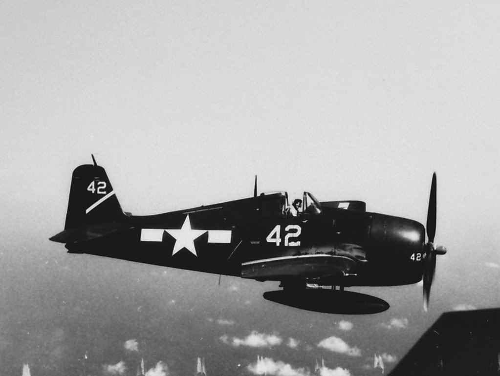 Grumman F6F 5 Hellcat VBF 3 White 42 CV 10 USS Yorktown 1945 01