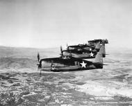 Asisbiz Grumman F6F 3 Hellcat VF 3 Whie E1 flying in formation near San Diego CA 1943 03