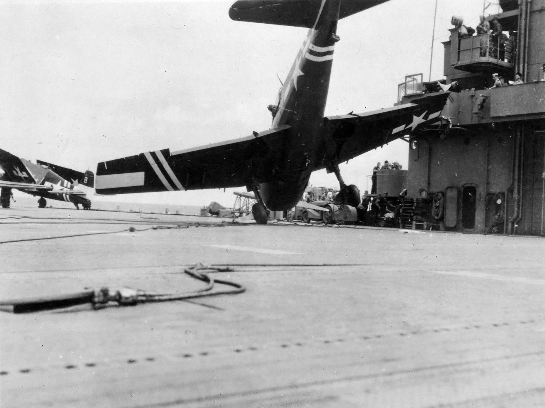 Grumman F6F 5 Hellcat VF 36 White 5 landing mishap CVE 112 USS Siboney Aug 1945 May 1946 03