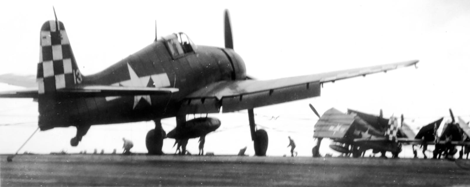 Grumman F6F 5 Hellcat VF 46 White 13 landing mishap CVL 22 USS Independence 02