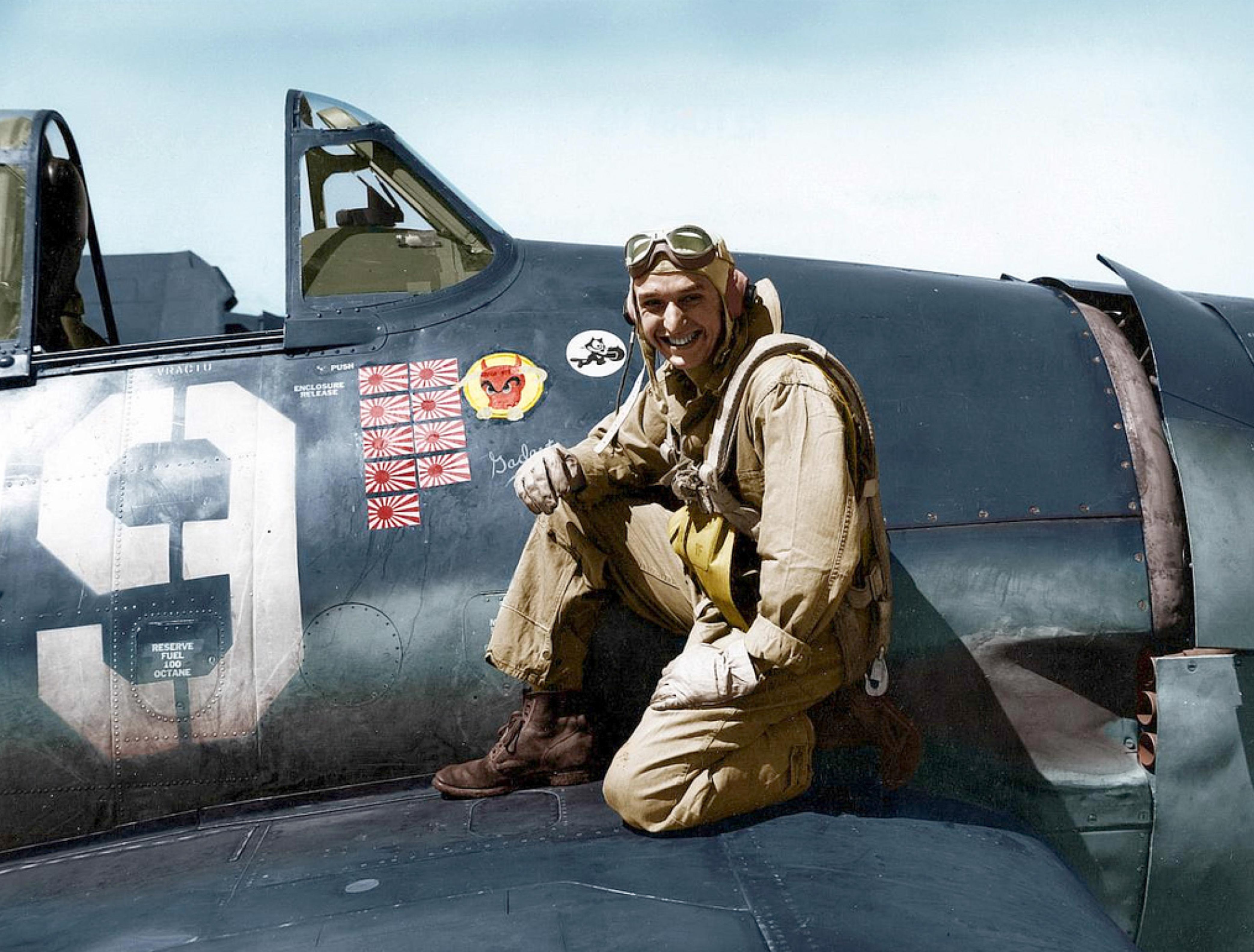 Aircrew USN LTJG Alex Vraciu VF 6 Hellcat ace 1944 05