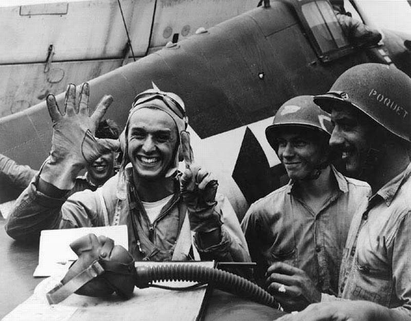 Aircrew USN LTJG Alex Vraciu VF 6 Hellcat ace 1944 06