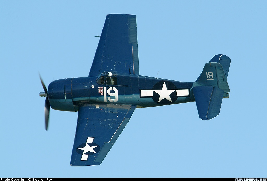 Airworthy warbird Gumman F6F Hellcat BuNo 80141 G BTCC showing VF 6 White 19 Alexander Vraciu markings 06