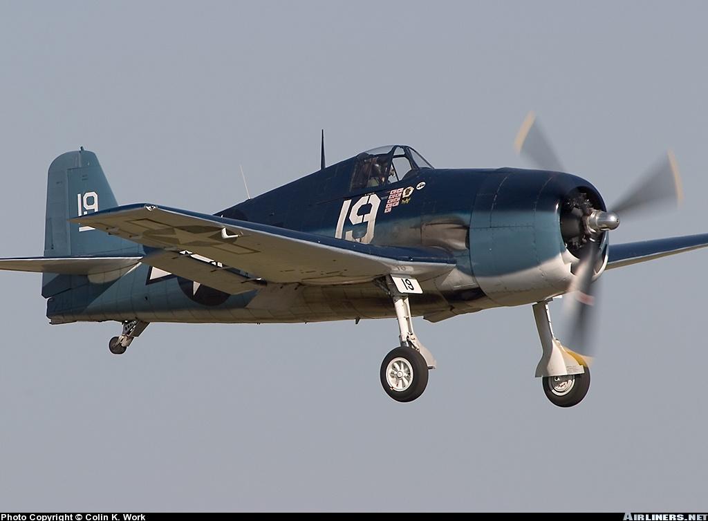 Airworthy warbird Gumman F6F Hellcat BuNo 80141 G BTCC showing VF 6 White 19 Alexander Vraciu markings 16
