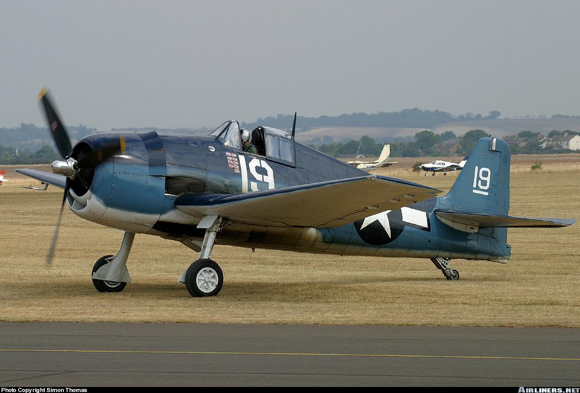 Airworthy warbird Gumman F6F Hellcat BuNo 80141 G BTCC showing VF 6 White 19 Alexander Vraciu markings 18