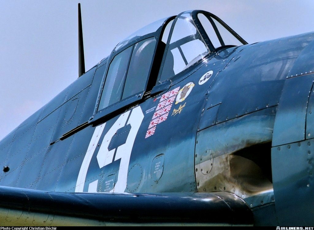 Airworthy warbird Gumman F6F Hellcat BuNo 80141 G BTCC showing VF 6 White 19 Alexander Vraciu markings 22