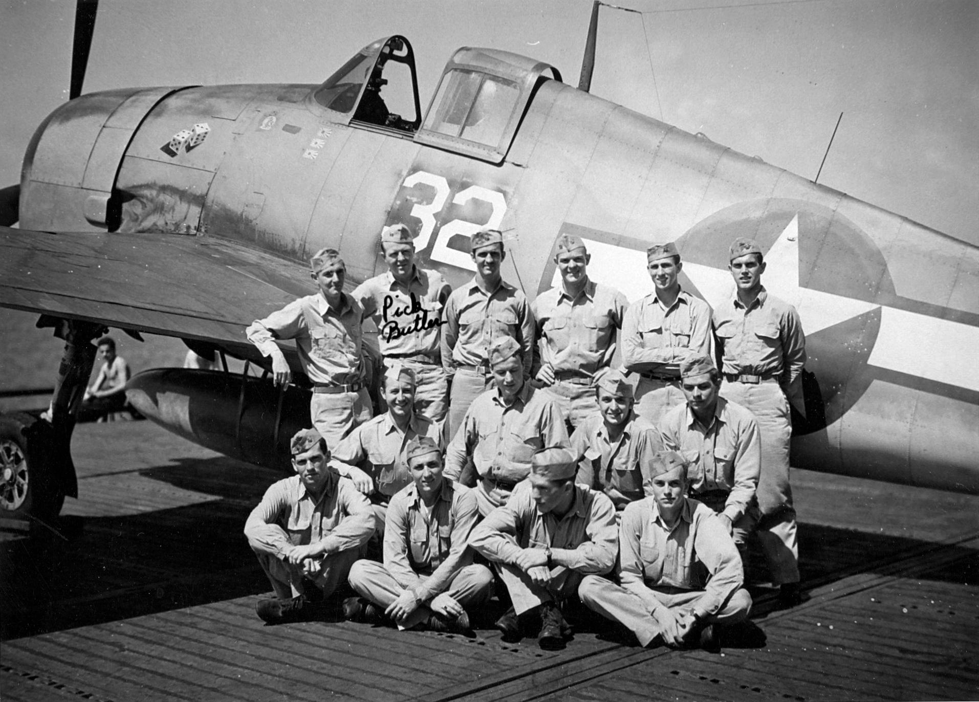 Grumman F6F 3 Hellcat VF 6 White 32 pilots onboard CV 11 USS Intrepid 1944 01