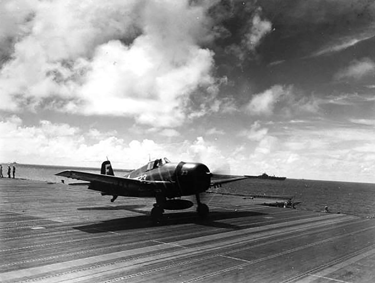 Grumman F6F 3 Hellcat VF 83 White F23 taking off from CV 9 USS Essex 01