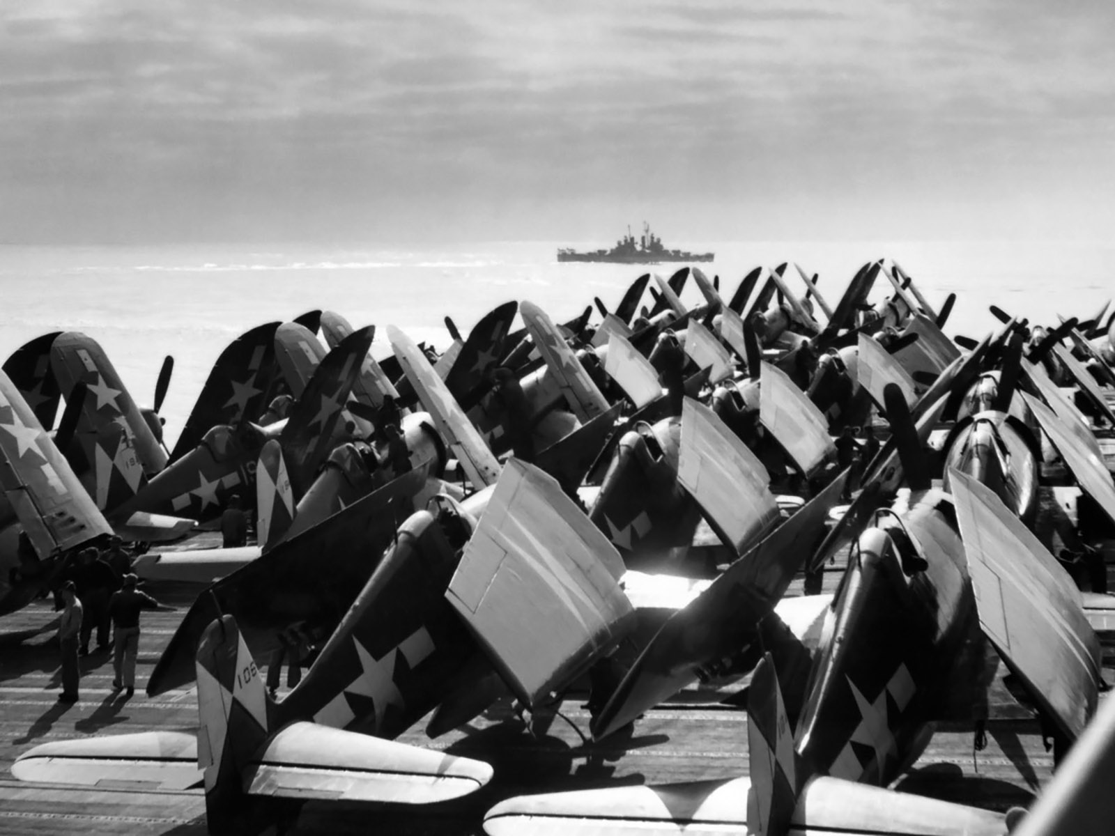 Grumman F6F 5 Hellcat VF 83 White 106 aboard CV 9 USS Essex May 1945 01
