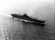 Asisbiz CV 9 USS Essex underway 1943 01