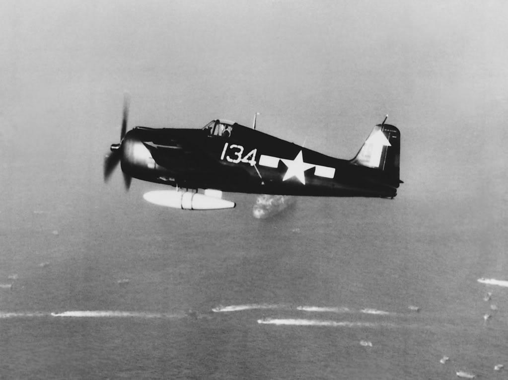 Grumman F6F 5P Hellcat VF 84 White 134 areial shot 1945 01