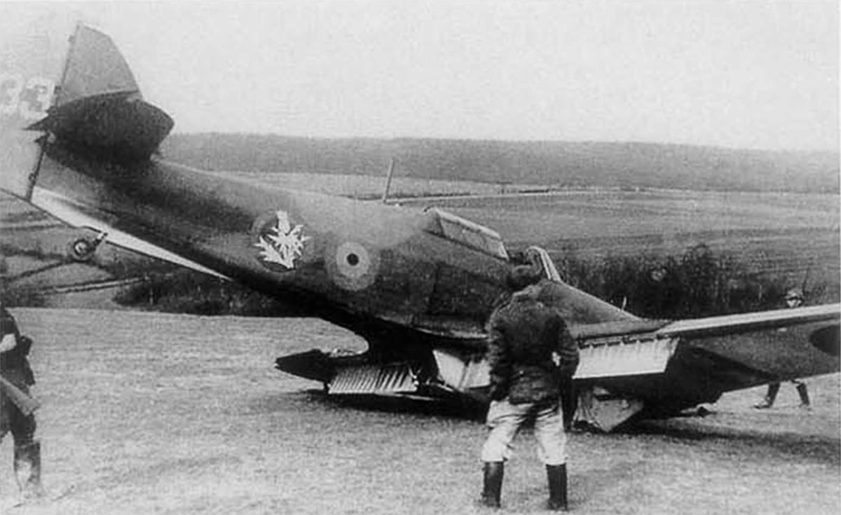 Hawker Hurricane I Belgium 2Esc H33 force landed Belgium 1940 01