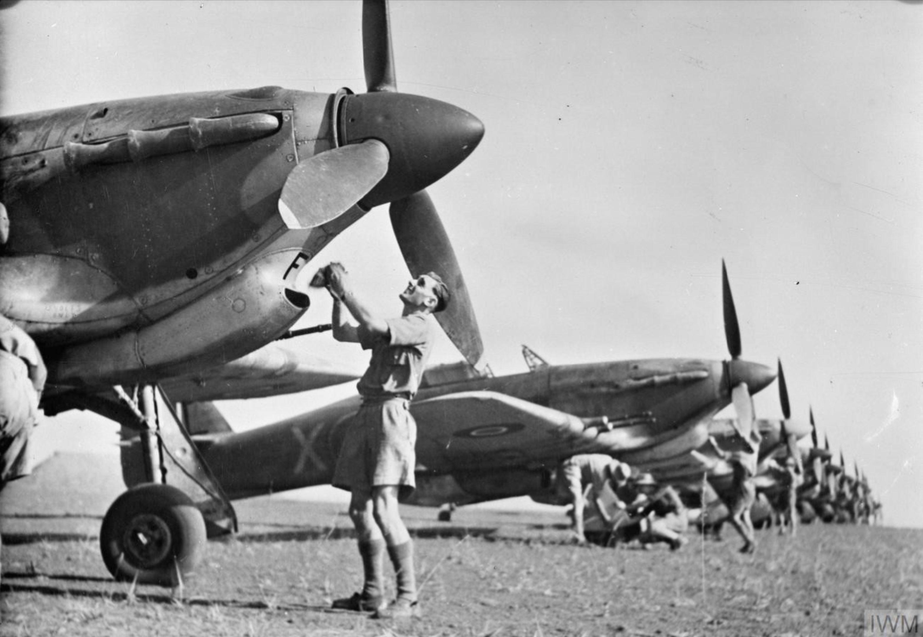 Hawker Hurricane IIb Trop RAF 67Sqn at Chittagong India IWM CI179