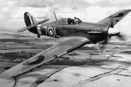 Asisbiz Fleet Air Arm 800NAS Hawker Hurricane IIc 7L Z7015 over England 01