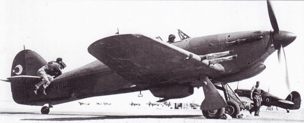 Hawker Hurricane IIc Trop Turkish AF HV608 01