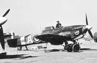 Asisbiz Hurricane IIc Trop Egyptian Air Force 2 Sqn White A KZ886 Mersa Matruh Egypt 1944 01