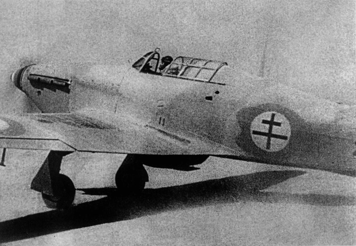 Hawker Hurricane I Trop Armee de lAir 1943 01