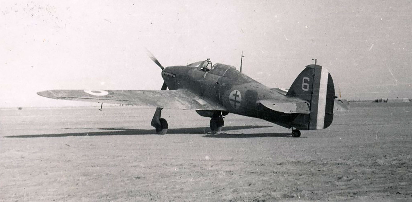 Hawker Hurricane I Trop Armee de lAir White 6 Z4426 1943 01