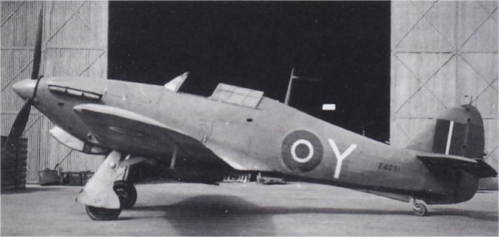 Hawker Hurricane I Trop RAF Y Z4251 01