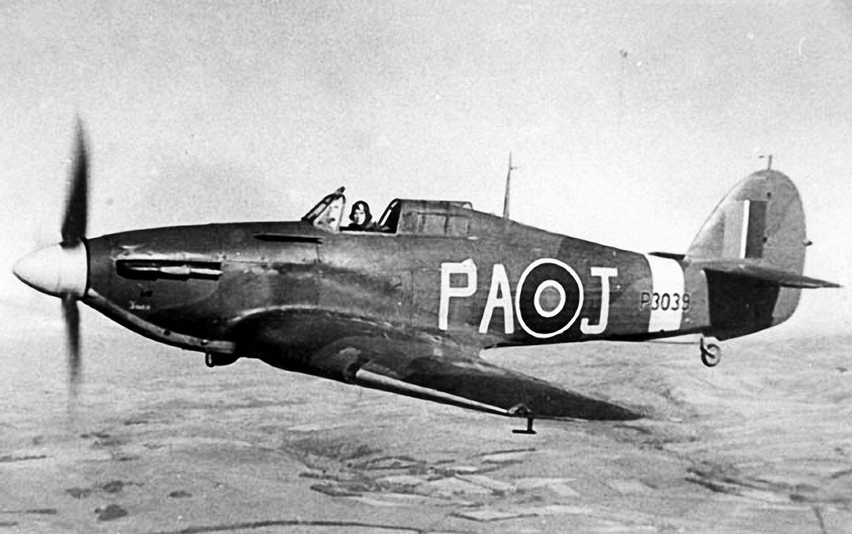 Hurricane I RAF 55OTU PAJ P3039 aerial photo 01
