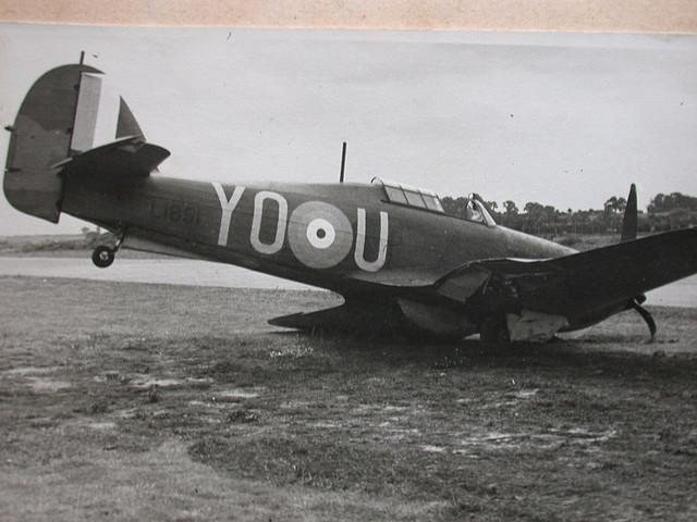 Hurricane I RCAF 401Sqn YOU L1851 accident 01