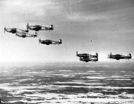 Asisbiz Hurricane I RCAF 403Sqnin formation 01
