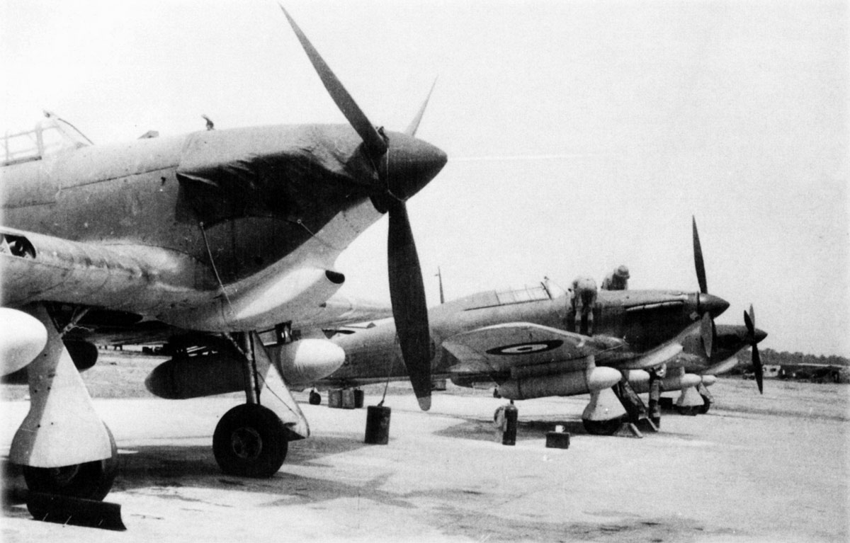 Hawker Hurricane II Trop being readied for comabt units Egypt 1941 01