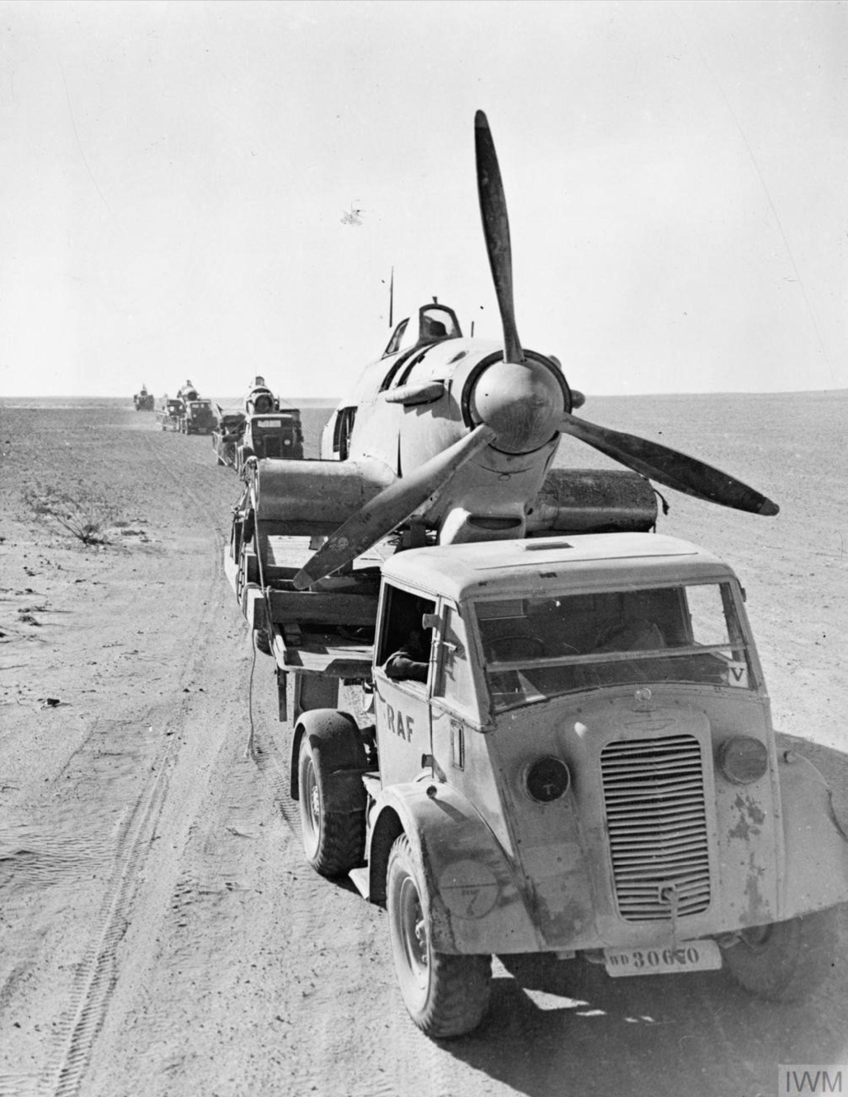 RAF 53RSU salvage crews rescue downed Hurricanes Western Desert IWM CM2230