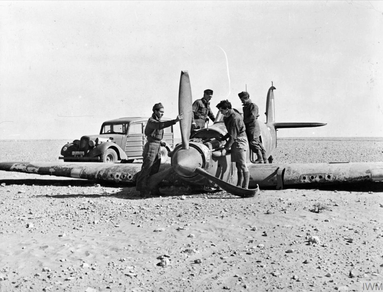 RAF 53RSU salvage crews rescue downed Hurricanes Western Desert IWM CM2231