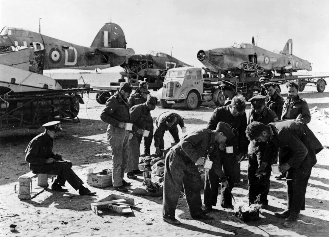 RAF 53RSU salvage crews rescue downed Hurricanes Western Desert IWM CM2232