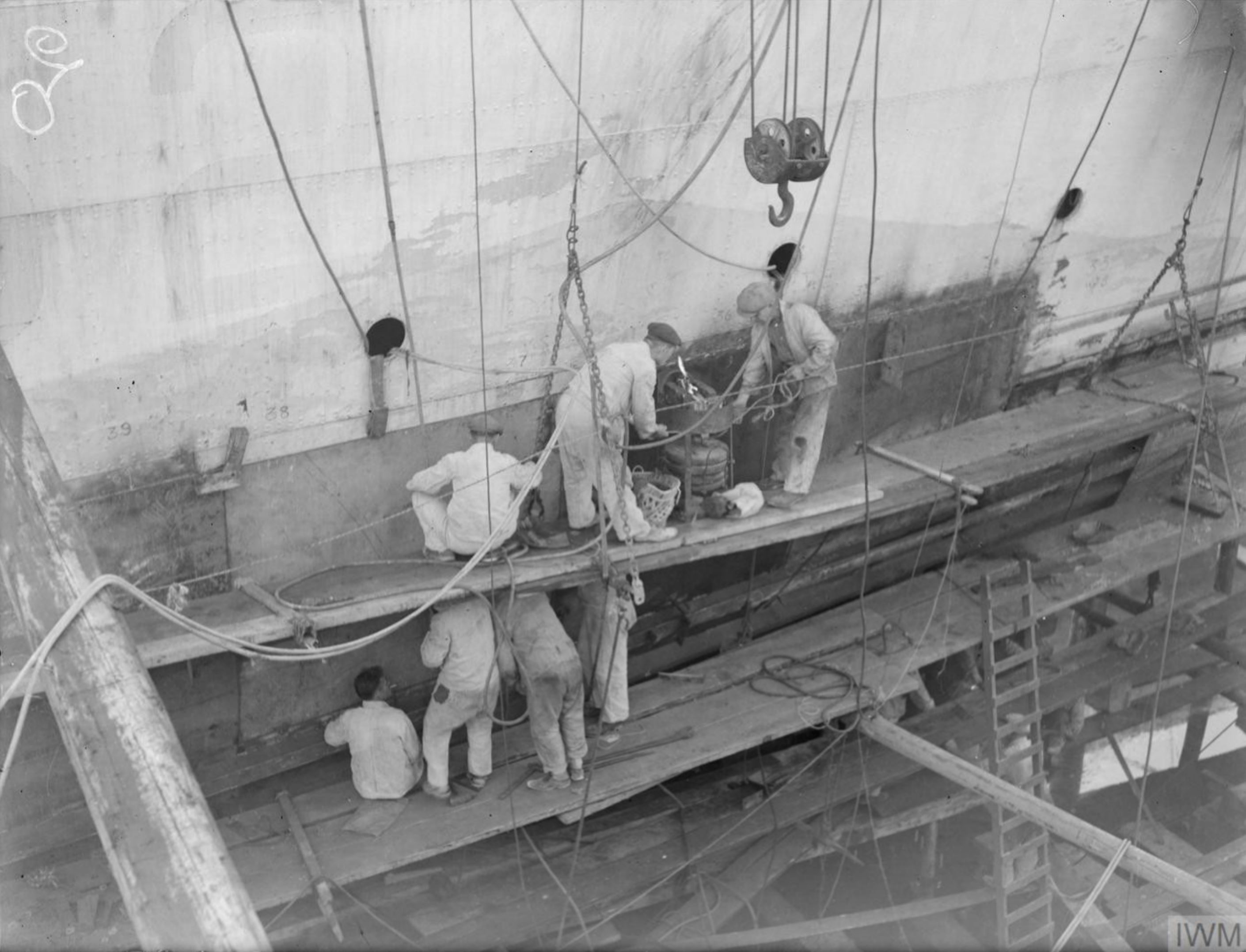 HMS Matchless in dry dock Grand Harbour Malta 4th Jun 1942 IWM A10773