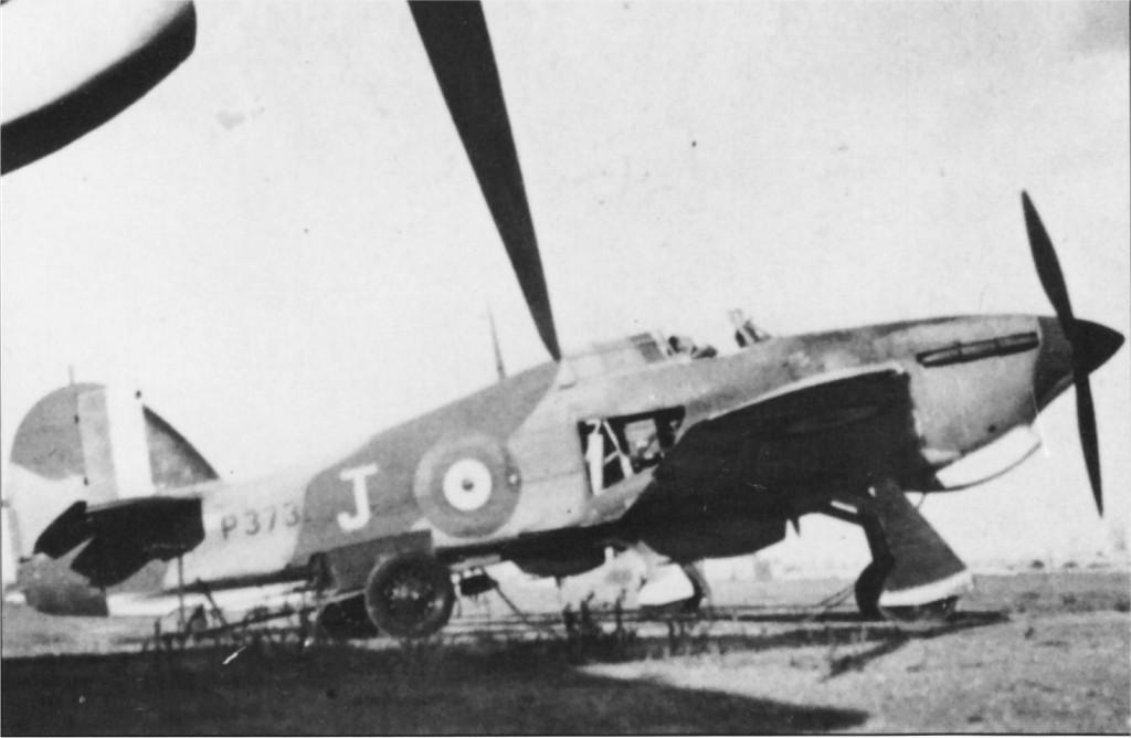 Hawker Hurricane I Trop RAF 261Sqn J Sgt F N Robertson P3731 Malta 1941 01
