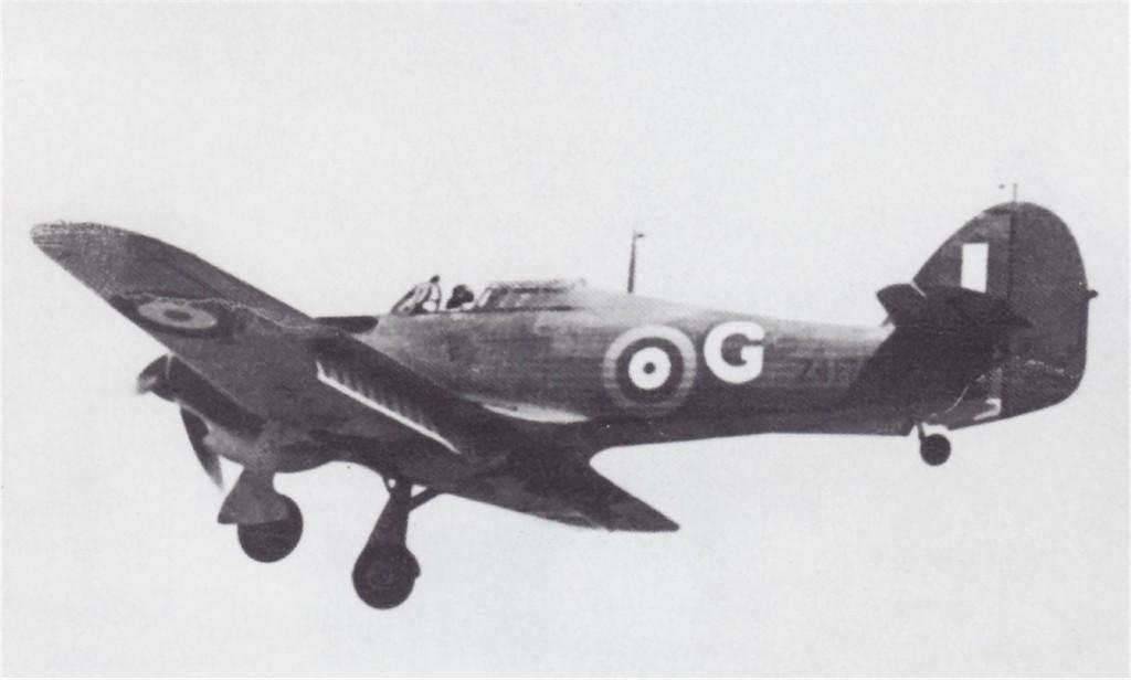 Hawker Hurricane I Trop RAF G Z4172 Malta 1941 01