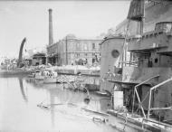 Asisbiz HMS Lance in Dry Dock no2 Grand Harbour Malta 19 24 Aug 1942 IWM A11489