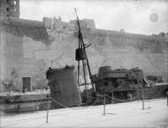 Asisbiz HMS Lance in Dry Dock no2 Grand Harbour Malta 19 24 Aug 1942 IWM A11490