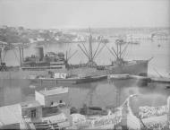 Asisbiz Merchant ship Orari arriving in Grand Harbour Malta 16th Jun 1942 IWM A10405