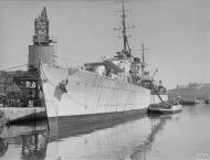 Asisbiz Royal Navy cruiser HMS Welshman in Grand Harbour Malta 15th Jun 1942 IWM A10421