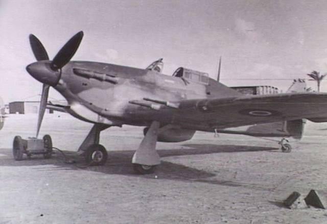 Hurricane IIc Trop RAAF 451Sqn Egypt 01