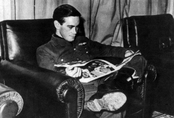 Aircrew RAF pilot Bird Wilson Debden England Sep 1940 01