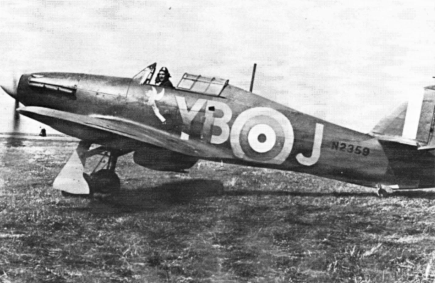 Hawker Hurricane I RAF 17Sqn YBJ N2359 Stevens Debden England 1940 01