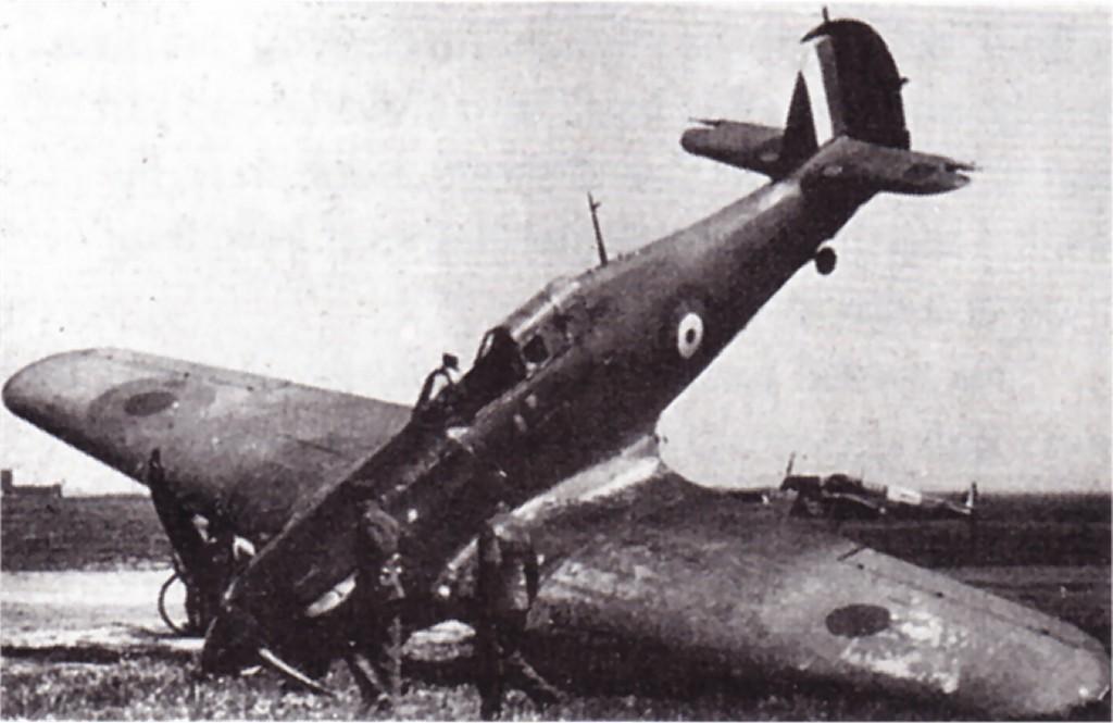 Hawker Hurricane I RAF 17Sqn YBY P3978 Debden England 11th Apr 1941 01