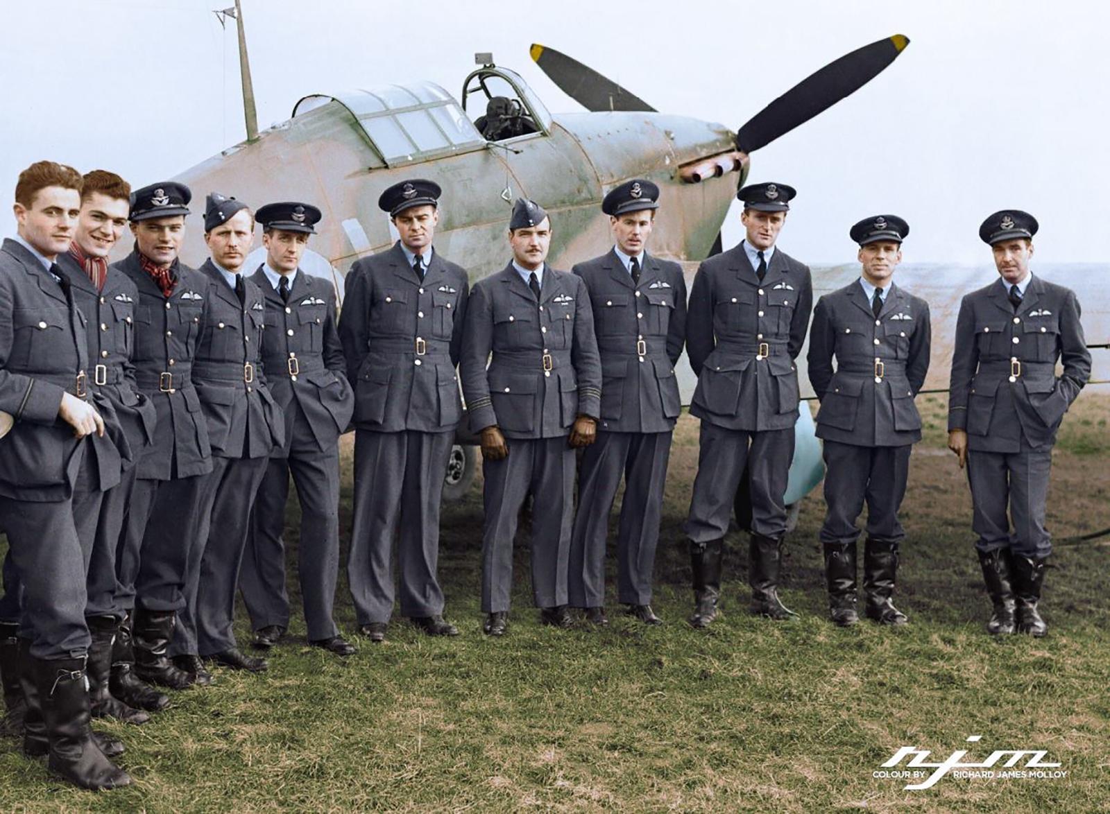 Aircrew RAF 1Sqn pilots at Prestwick Scotland 01