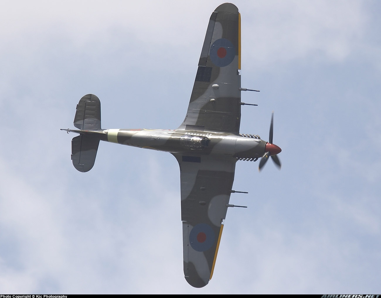 Airworthy Warbird Hawker Hurricane IIc RAF 1Sqn JXE PZ865 05