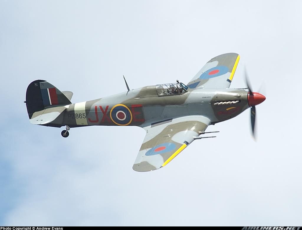 Airworthy Warbird Hawker Hurricane IIc RAF 1Sqn JXE PZ865 06