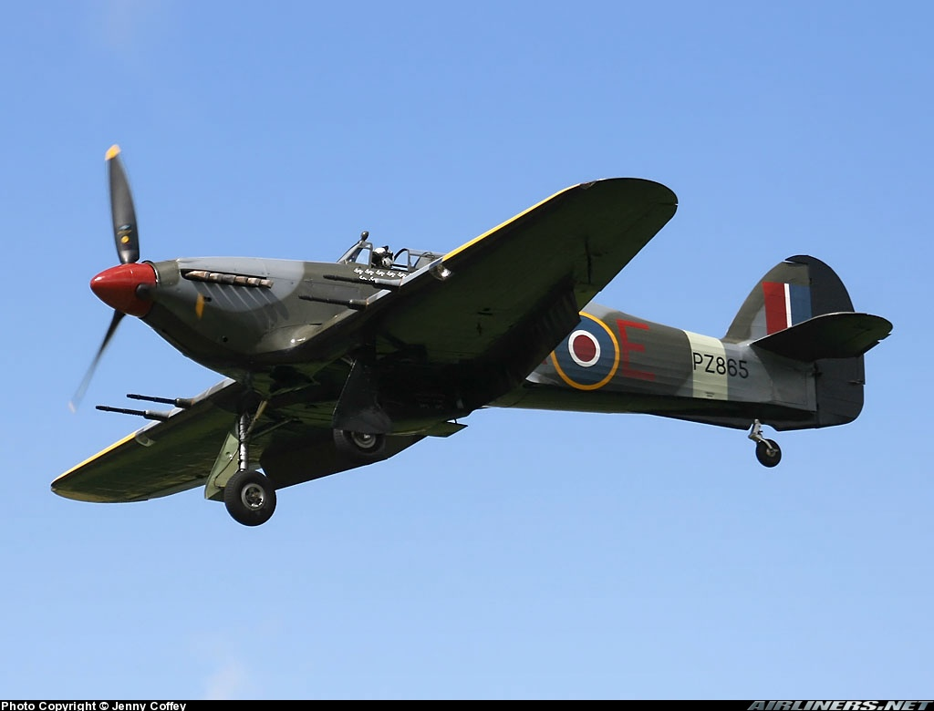 Airworthy Warbird Hawker Hurricane IIc RAF 1Sqn JXE PZ865 10